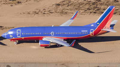A picture of N389SW - Boeing 7373H4 - [26592] - © David Lee
