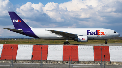A picture of N676FE - Airbus A300F4605R - FedEx - © paoloz99