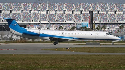 A picture of N67VA - Embraer ERJ145LR - [145354] - © Eric Page Lu