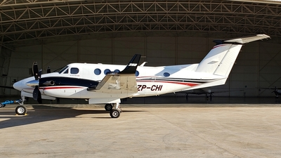 ZP-CHI - Beechcraft 250 King Air - Private