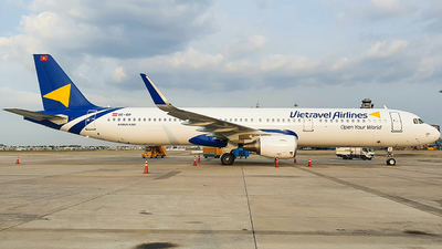 OE-IDP - Airbus A321-211 - Vietravel Airlines