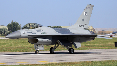 85728 - General Dynamics F-16A Fighting Falcon - Pakistan - Air Force