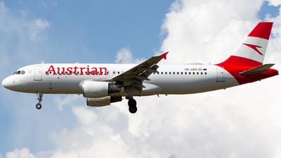 OE-LBX - Airbus A320-214 - Austrian Airlines