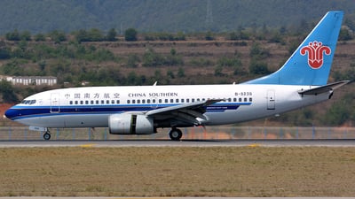 B-5235 - Boeing 737-71B - China Southern Airlines