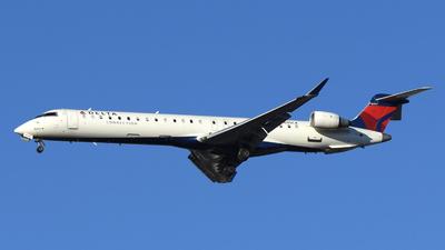 A picture of N695CA - Mitsubishi CRJ900LR - Delta Air Lines - © DJ Reed - OPShots Photo Team