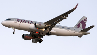 A7-LAH - Airbus A320-214 - Qatar Airways