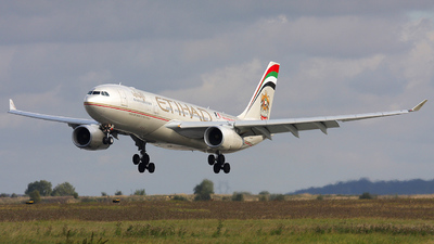 A6-EYO - Airbus A330-243 - Etihad Airways