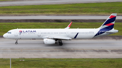 A picture of PTMXQ - Airbus A321231 - LATAM Airlines - © Renato Oliveira