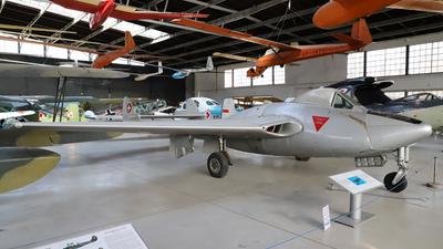 J-1142 - De Havilland Vampire FB.6 - Switzerland - Air Force