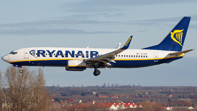 A picture of EIESS - Boeing 7378AS - Ryanair - © Schmidt Attila