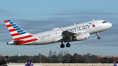 A picture of N829AW - Airbus A319132 - American Airlines - © Kevin Porter