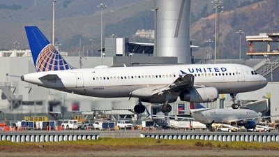A picture of N413UA - Airbus A320232 - United Airlines - © SR1
