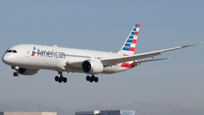 A picture of N836AA - Boeing 7879 Dreamliner - American Airlines - © Jacob Sharp - MkeAviation