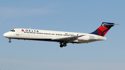 N975AT - Boeing 717-2BD - Delta Air Lines