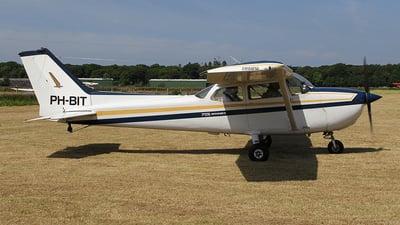 A picture of PHBIT - Cessna F172N Skyhawk - [01863] - © Ian Howat
