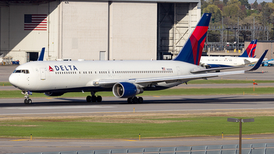 A picture of N1200K - Boeing 767332(ER) - Delta Air Lines - © xuxinyi1000