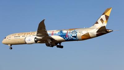 A picture of A6BLE - Boeing 7879 Dreamliner - Etihad Airways - © kouyagi