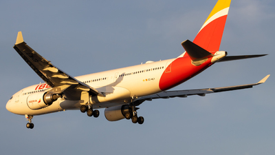 A picture of ECMLP - Airbus A330202 - Iberia - © Marty B