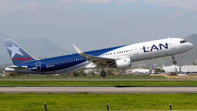 CC-BEB - Airbus A321-211 - LAN Airlines