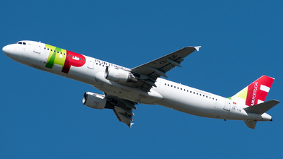 A picture of CSTJE - Airbus A321211 - TAP Air Portugal - © Matei Dascalu - RomeAviationSpotters