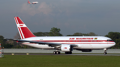 3B-NAK - Boeing 767-23B(ER) - Air Mauritius