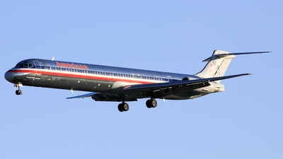 N9620D - McDonnell Douglas MD-83 - American Airlines