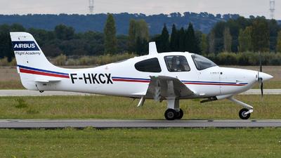 F-HKCX - Cirrus SR20 - Airbus Flight Academy Europe