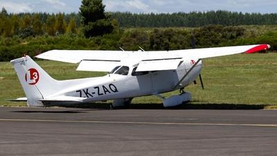 A picture of ZKZAQ - Cessna 172S Skyhawk SP - [172S10039] - © Guillaume BACH