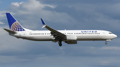 A picture of N77431 - Boeing 737924(ER) - United Airlines - © DJ Reed - OPShots Photo Team