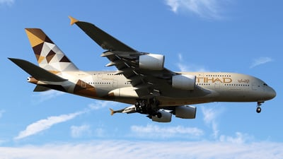 A6-APJ - Airbus A380-861 - Etihad Airways