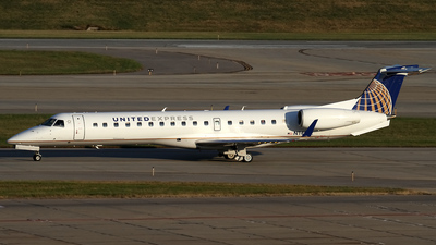 A picture of N14162 - Embraer ERJ145XR - United Airlines - © Jeremy D. Dando
