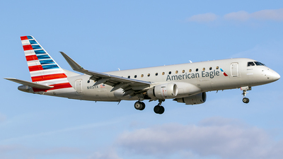 A picture of N415YX - Embraer E175LR - American Airlines - © Nelson Mejia