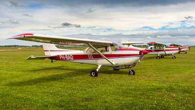 PH-BAD - Reims-Cessna F172M Skyhawk - Private
