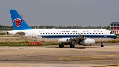 A picture of B6812 - Airbus A320232 - China Southern Airlines - © PENCIL202_