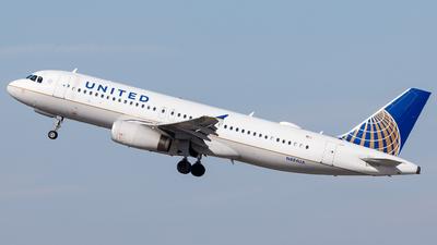 A picture of N484UA - Airbus A320232 - United Airlines - © Martin Pinnau