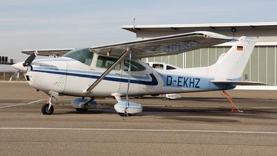 A picture of DEKHZ - Cessna 182Q Skylane - [18266466] - © Dominik Burger