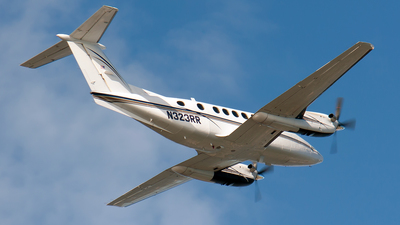 N323RR - Beechcraft 200 Super King Air - Private