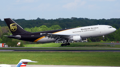 A picture of N157UP - Airbus A300F4622R - UPS Airlines - © JC