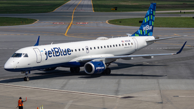 A picture of N351JB - Embraer E190AR - JetBlue Airways - © bellcc