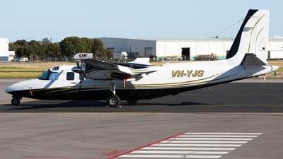 VH-YJG - Rockwell 690A Turbo Commander - Private