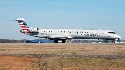 A picture of N596NN - Mitsubishi CRJ900LR - American Airlines - © Yan777