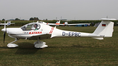 D-EPBC - HOAC DV-20-100 Katana - Private