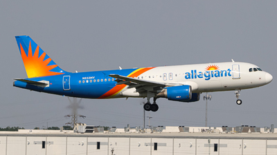 A picture of N233NV - Airbus A320214 - Allegiant Air - © Kass Betas