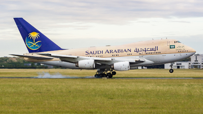 HZ-HM1B - Boeing 747SP-68 - Saudi Arabia - Royal Flight