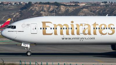 A6-ENZ - Boeing 777-31HER - Emirates