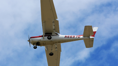N66970 - Cessna 152 - Private