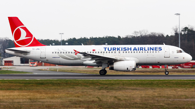 TC-JPN - Airbus A320-232 - Turkish Airlines