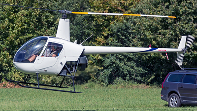 - Robinson R22 - Private