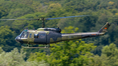 72-88 - Bell UH-1D Iroquois - Germany - Army