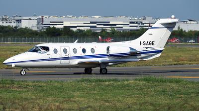 I-SAGE - Raytheon Hawker 400XP - Slam Lavori Aerei